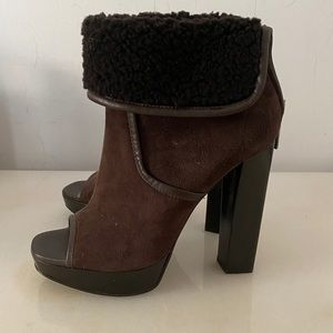 NEW Michael Kors Peep Toe Shearling Boots